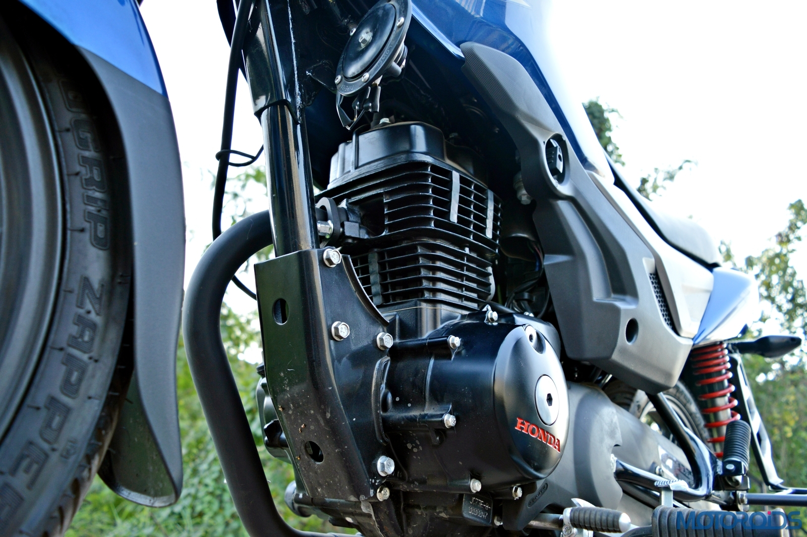 Honda CB Shine 125 SP review: Decked-up diligence | Motoroids