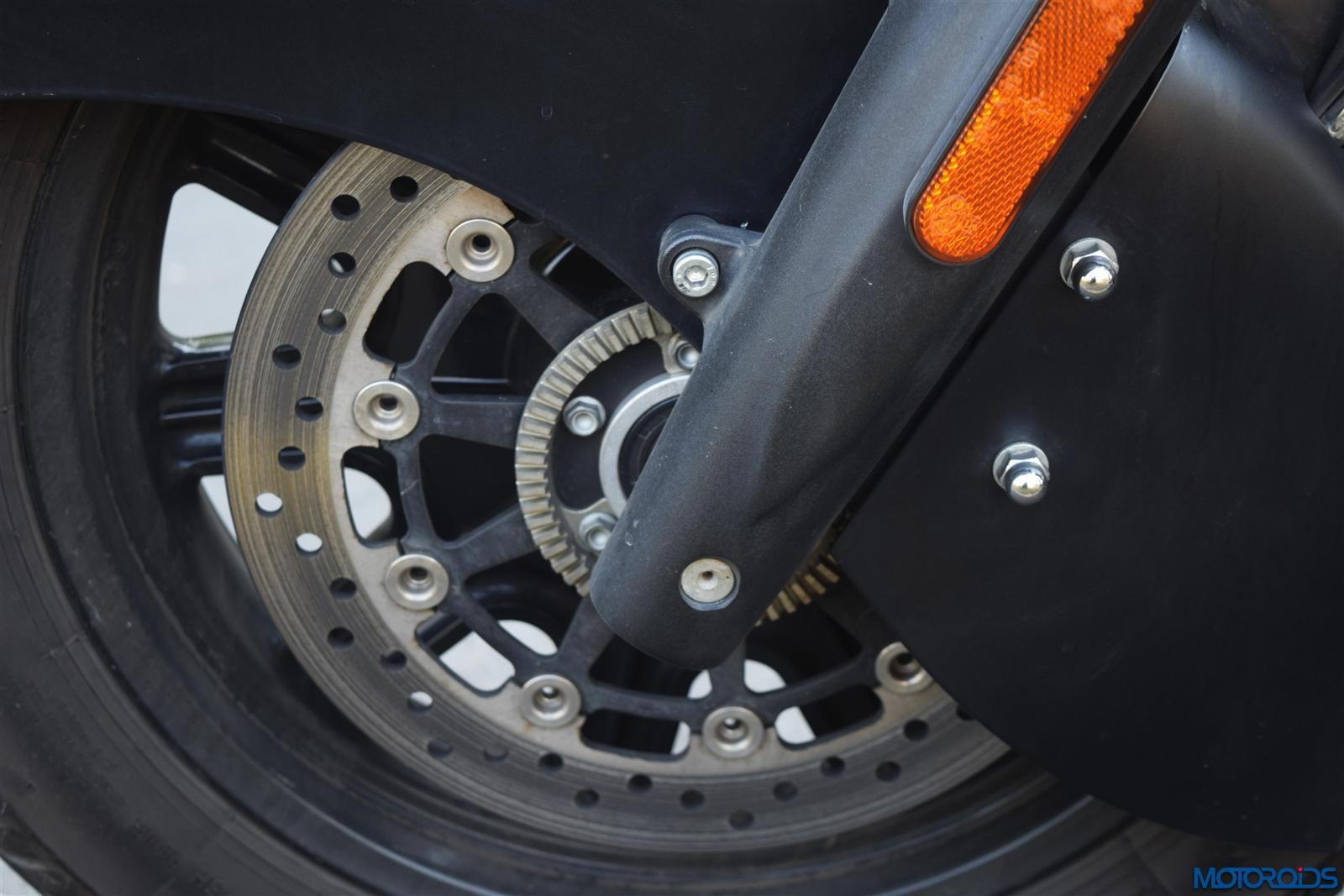 Indian Dark Horse front disc brake ABS(20)