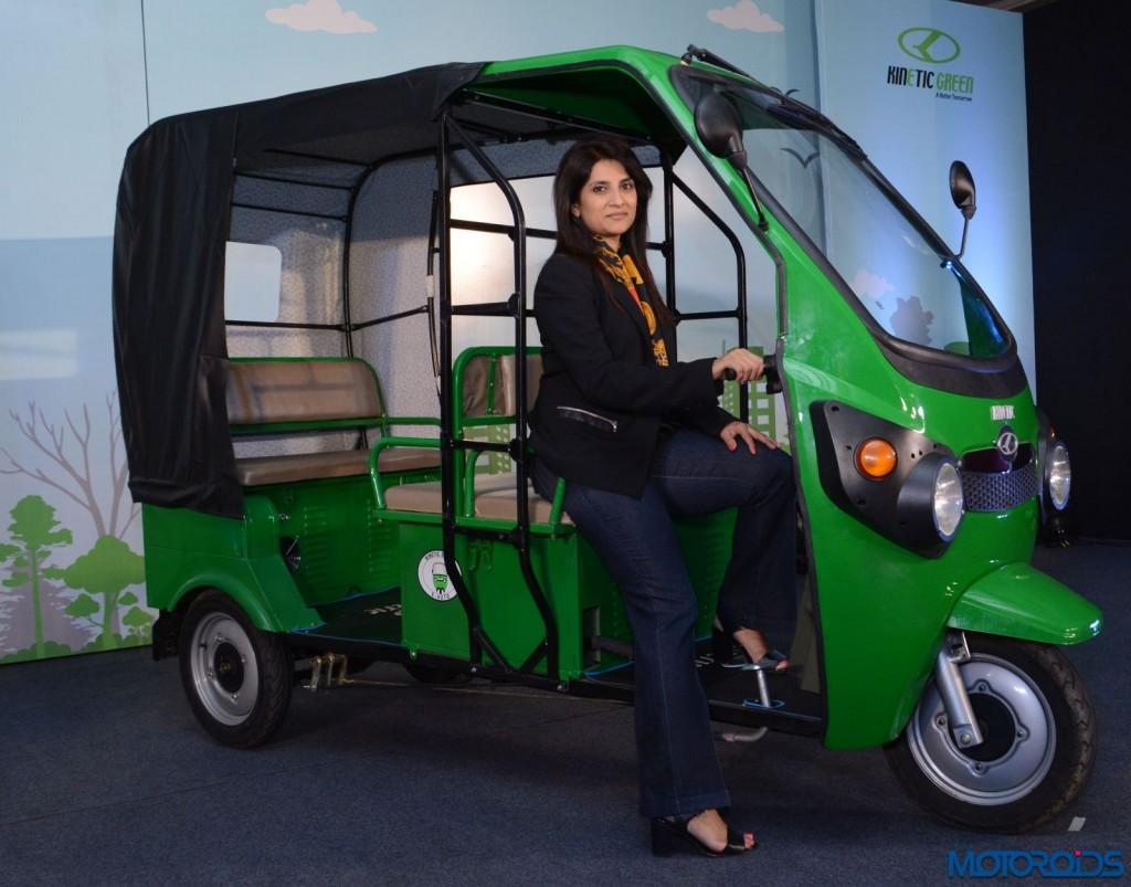Kinetic Safar Electric Auto (2)