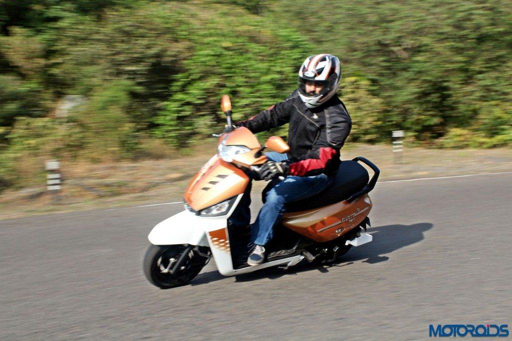 Mahindra Gusto 125 Review - Action Shots (23)