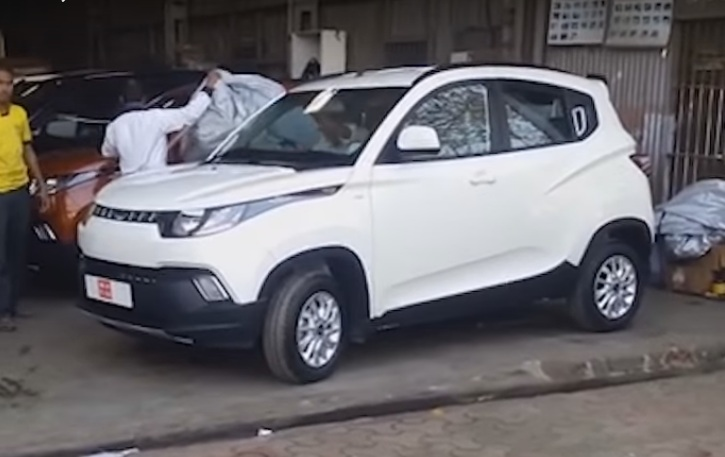 Mahindra KUV 100 revealed (1)