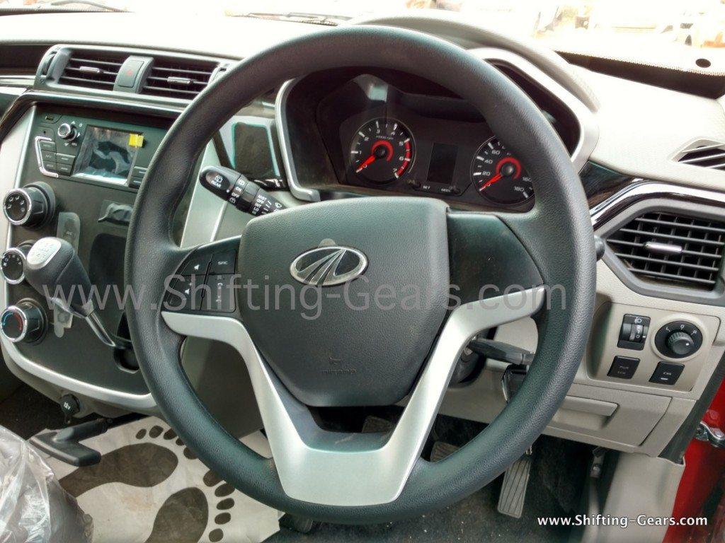 Mahindra-KUV100-steering-wheel