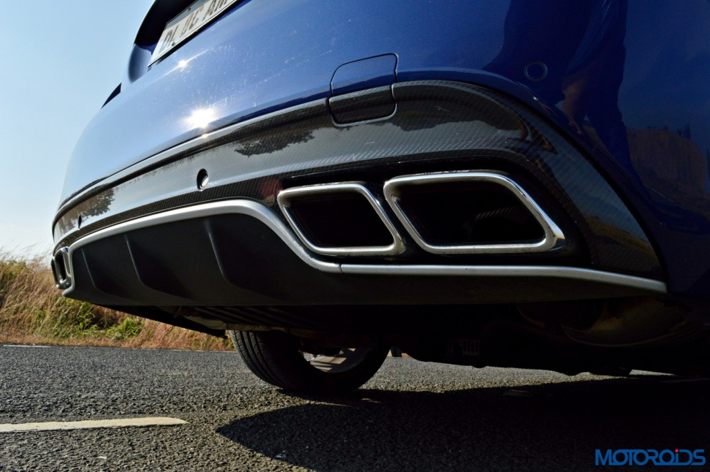 Mercedes-AMG C 63 S AMG exhaust and carbon fiber diffuser(39)