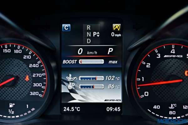 Mercedes-AMG C 63 S Driver information display (5)