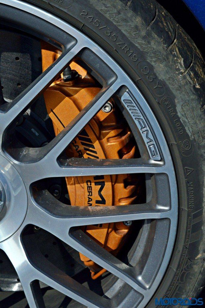 Mercedes-AMG C 63 S carbon ceramic brakes(47)
