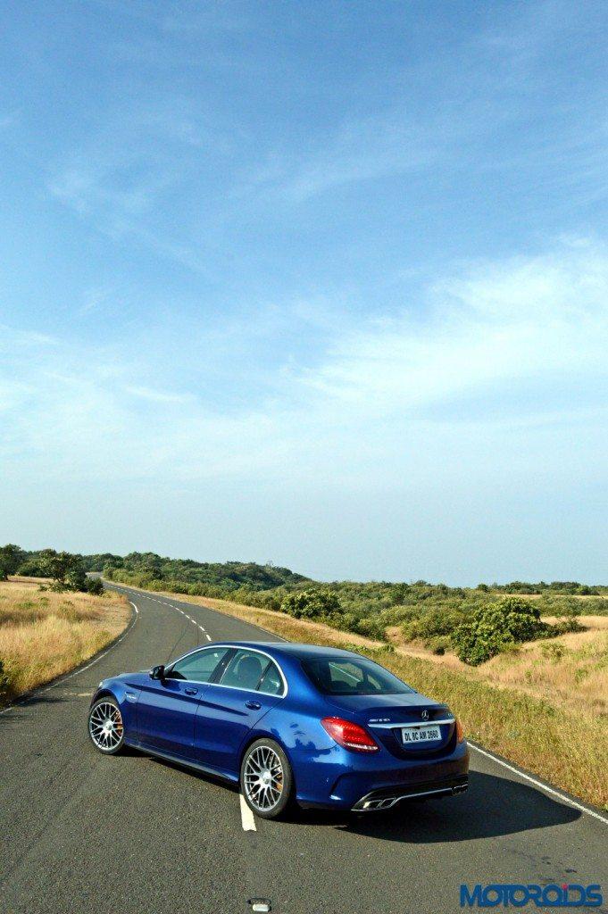 Mercedes-AMG C 63 S open road backdrop(43)