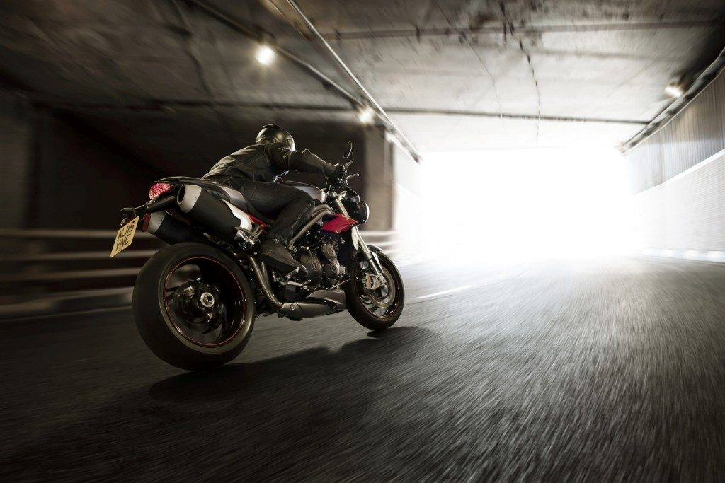 Triumph Speed Triple S and R (8)