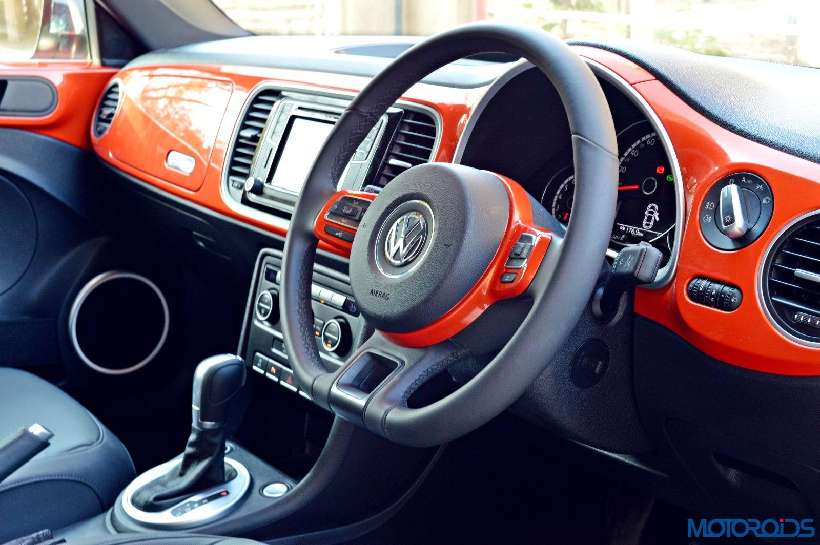 Interior And Features 2016 Volkswagen Beetle