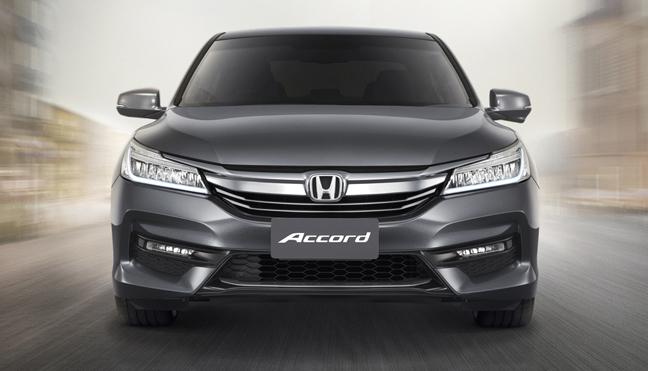 2016 Honda Accord front