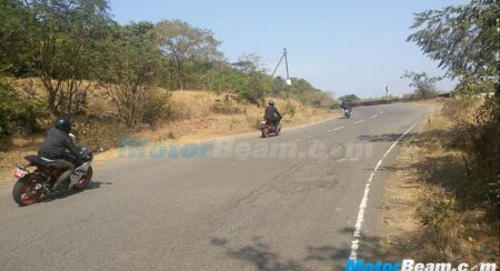 2016 KTM RC390 with side mounted aluminium exhaust spotted doing rounds in Lonavala