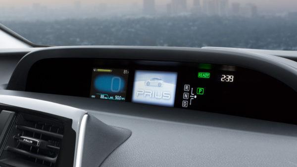 2016 Toyota Prius (1)