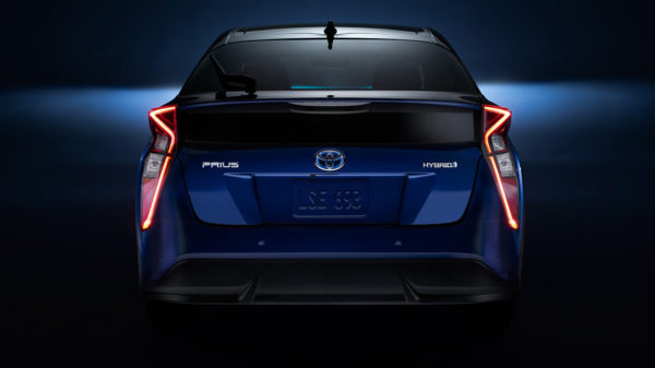 2016 Toyota Prius (4)