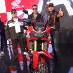 Akshay Kumar poses on the Africa Twin motorcycle at Honda 2Wheelers pavilion at Autp Expo 150x150 Bollywood Actor Akshay Kumar Visits Honda Two Wheelers Pavilion at the Auto Expo 2016