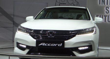 Auto Expo 2016 Honda Accord (1)