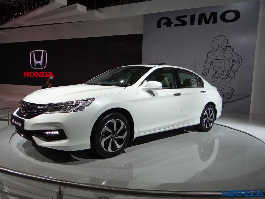 Auto Expo 2016 Honda Accord (2)