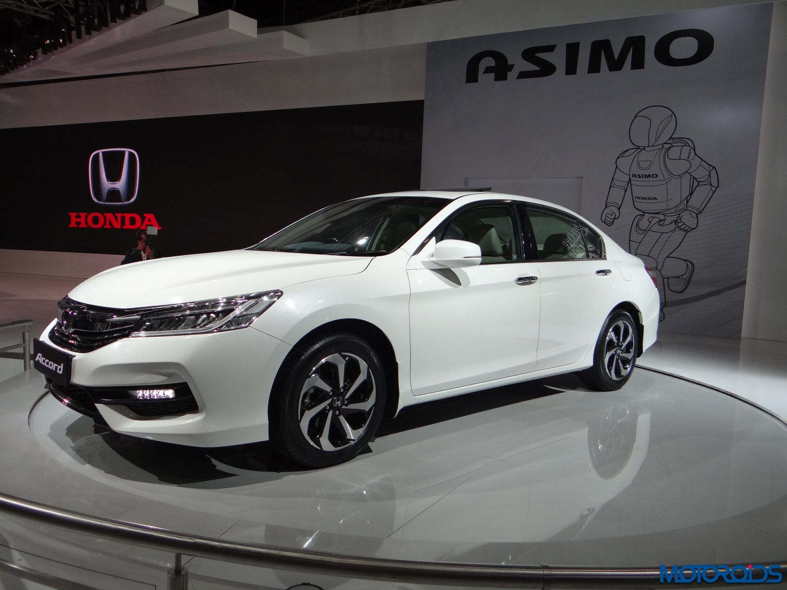 Auto Expo 2016 Honda Accord (2)