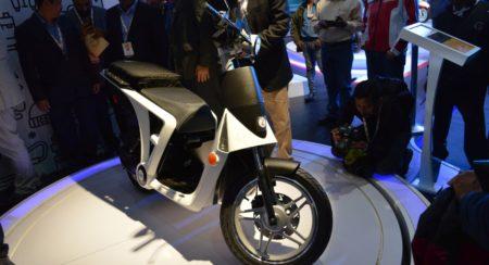 Auto Expo 2016 Mahindra Genze 2 (3)