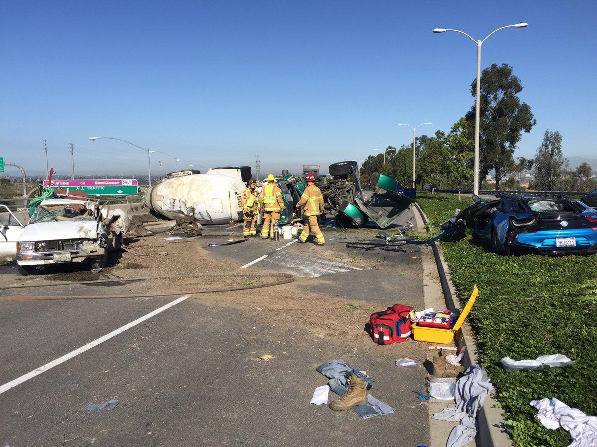 BMW i8 crash california 1