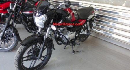 Bajaj V15 reaches dealerships (3)