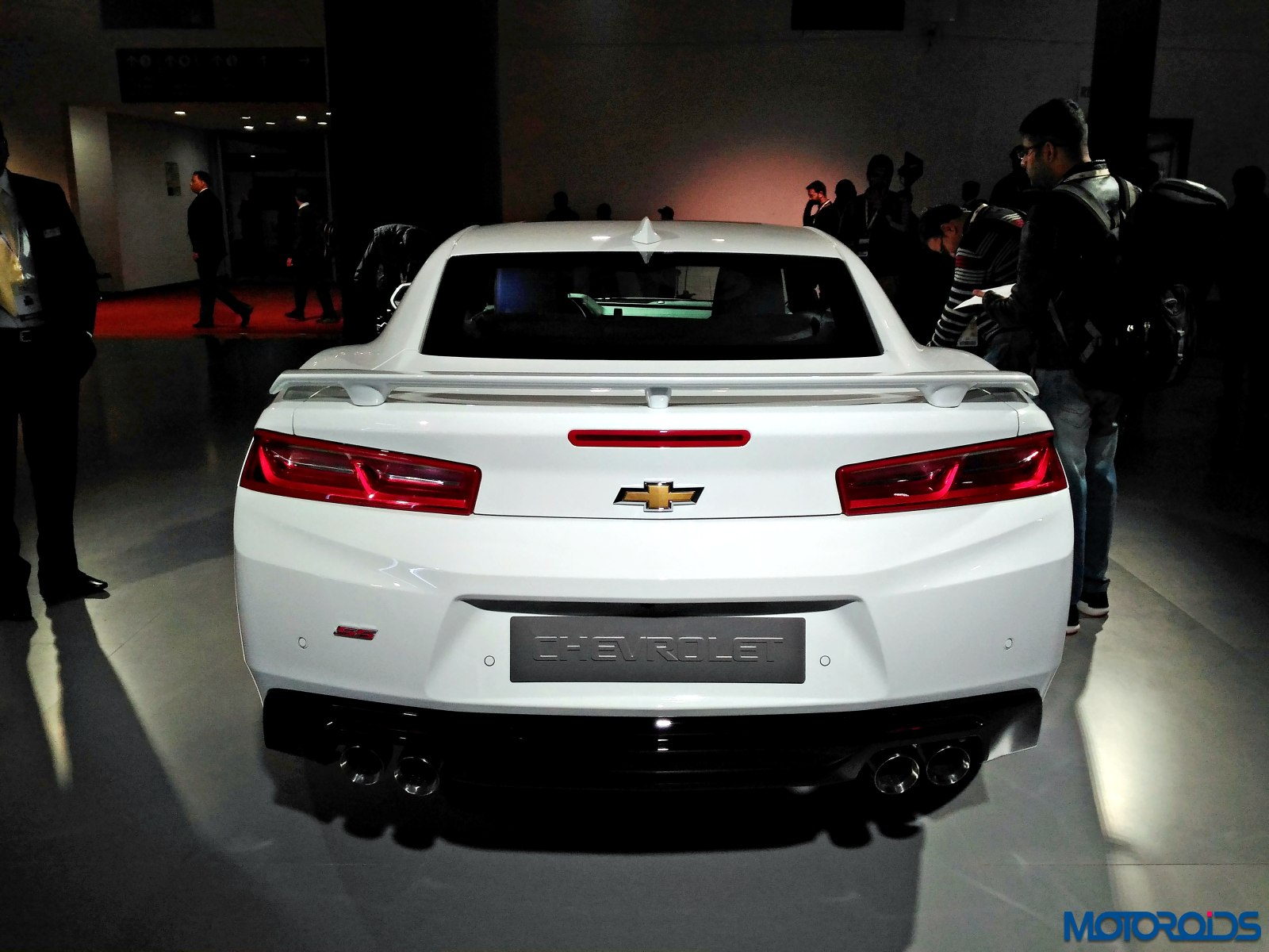 Chevrolet Camarao SS Auto Expo 2016 rear (3)