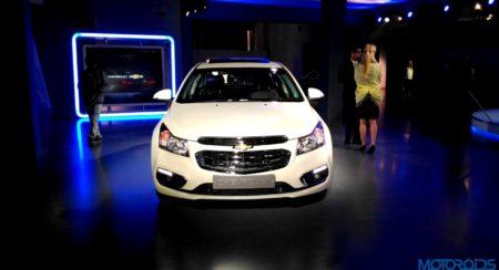 Chevrolet Cruze 2016 Auto Expo (2)