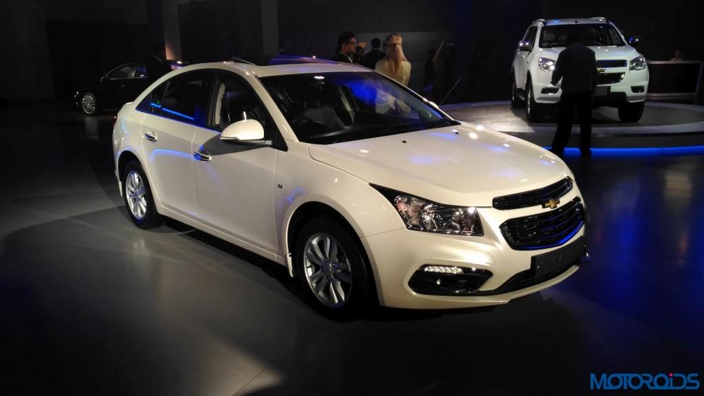 Chevrolet Cruze 2016 Auto Expo (8)