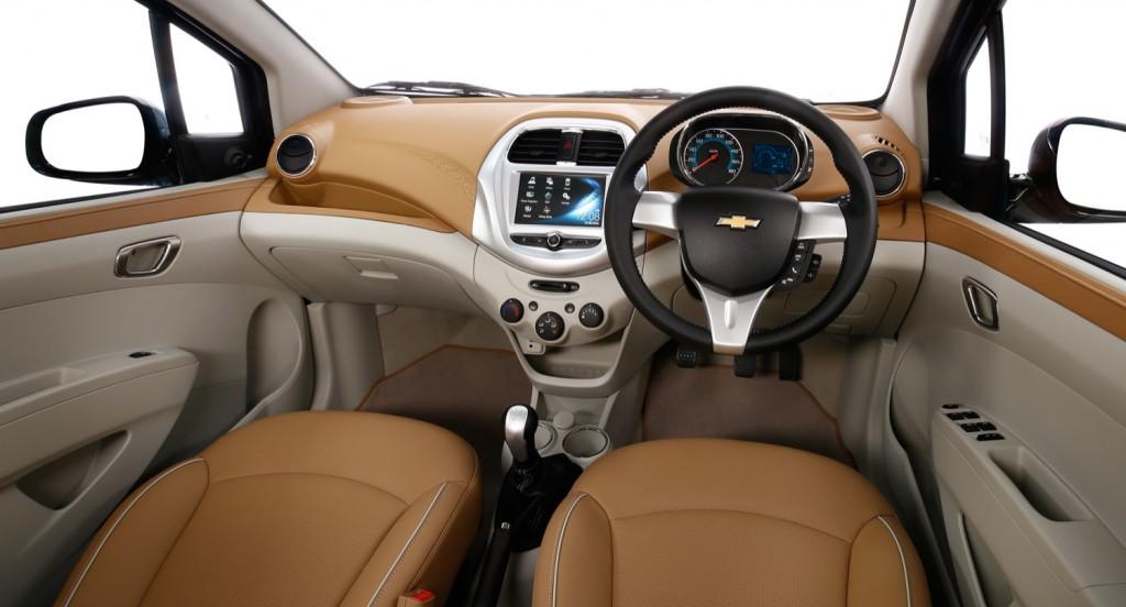 Chevrolet Essentia (13)