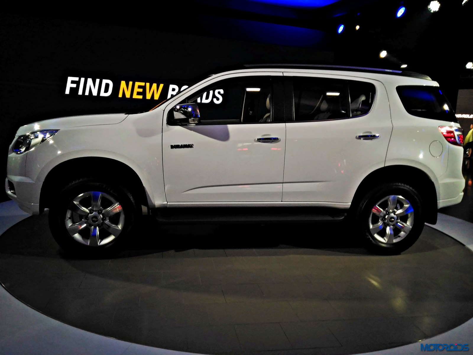 Chevrolet Trailblazer Auto Expo 2016 (1)