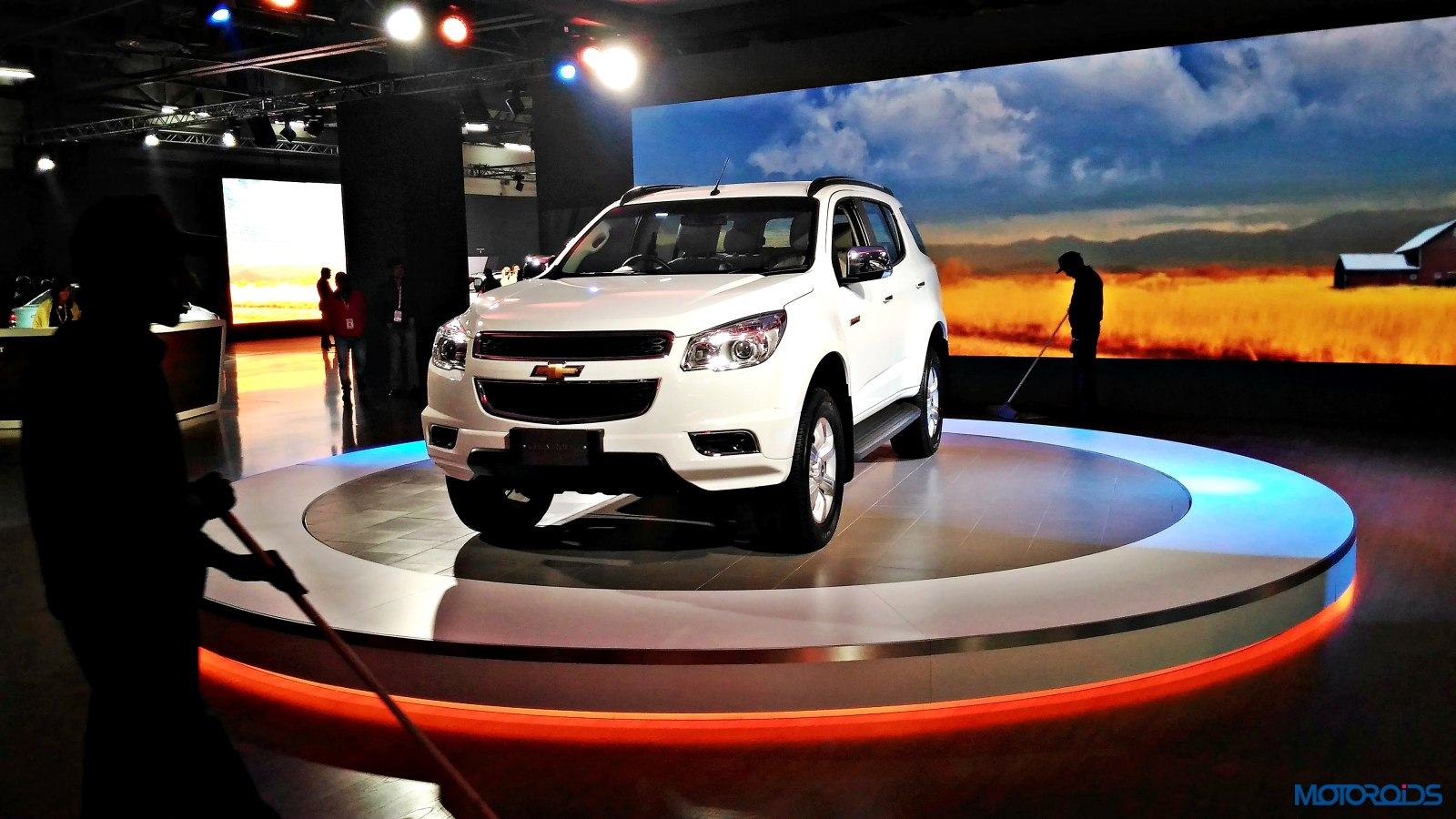 Chevrolet Trailblazer Auto Expo 2016 (2)