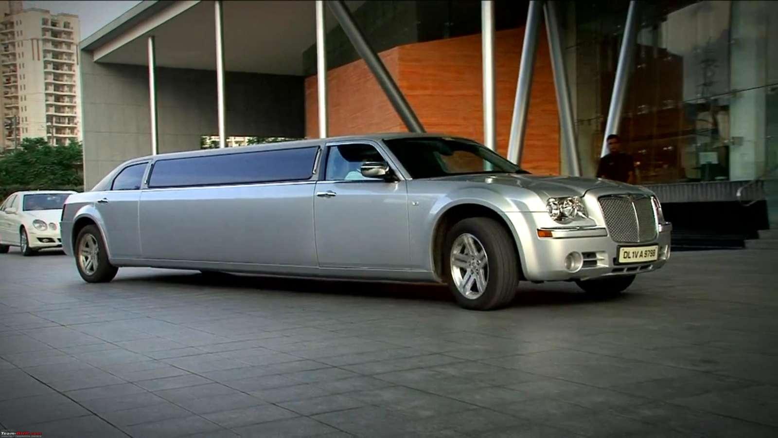 Chrysler 300C limousine 1