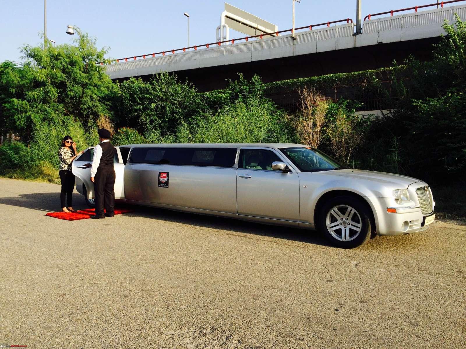 Chrysler 300C limousine