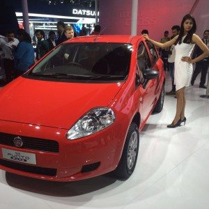 Auto Expo 2016: Fiat Punto Pure launched; starts at INR 4.49 lakh