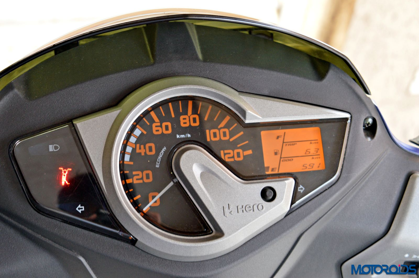 Hero Maestro Edge - Review - Details - Instrument Cluster (1)