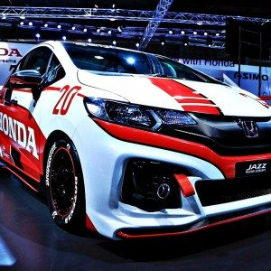 Honda Jazz Racer Concept Auto Expo 2016 1 300x300 Auto Expo 2016 : The Honda Jazz Racing Concept is a visual treat