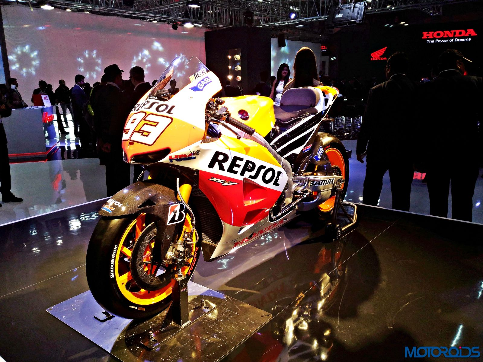Honda RC213V - MotoGP Motorcycle - Auto Expo 2016 (4)