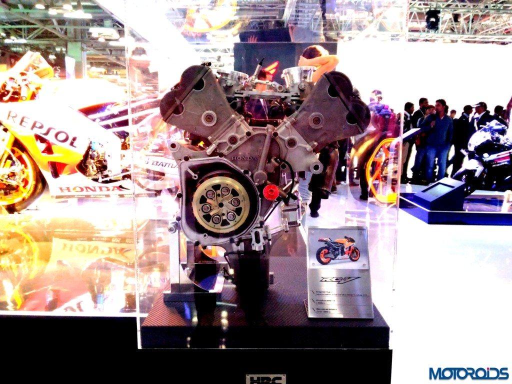 Honda RC213V Repsol (9)