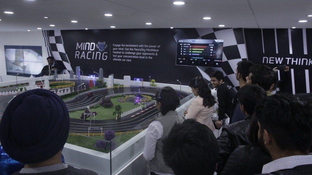 Hyundai Auto Expo 2016 Mind Racing