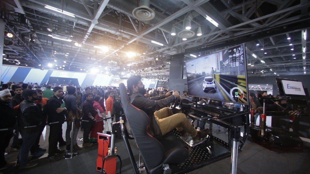 Hyundai Auto Expo 2016 Racing Motion Simulator