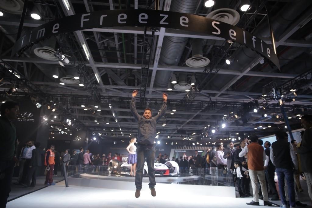 Hyundai Auto Expo 2016 Time Freeze Selfie