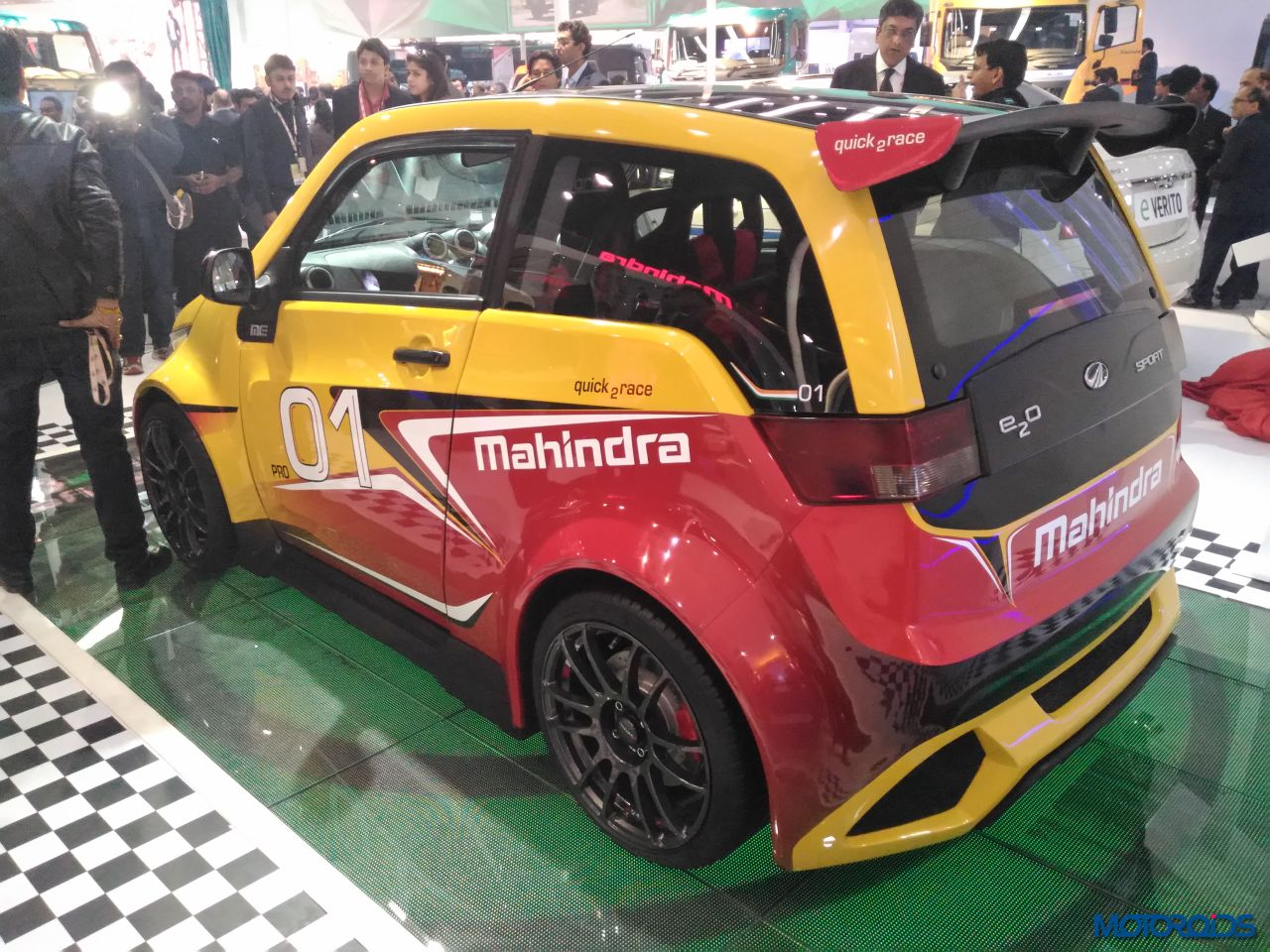 Mahindra E2O Sport Auto Expo 2016 (20)