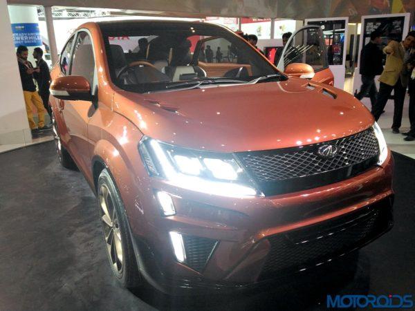 Mahindra XUV Aero front