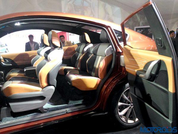 Mahindra XUV Aero interior