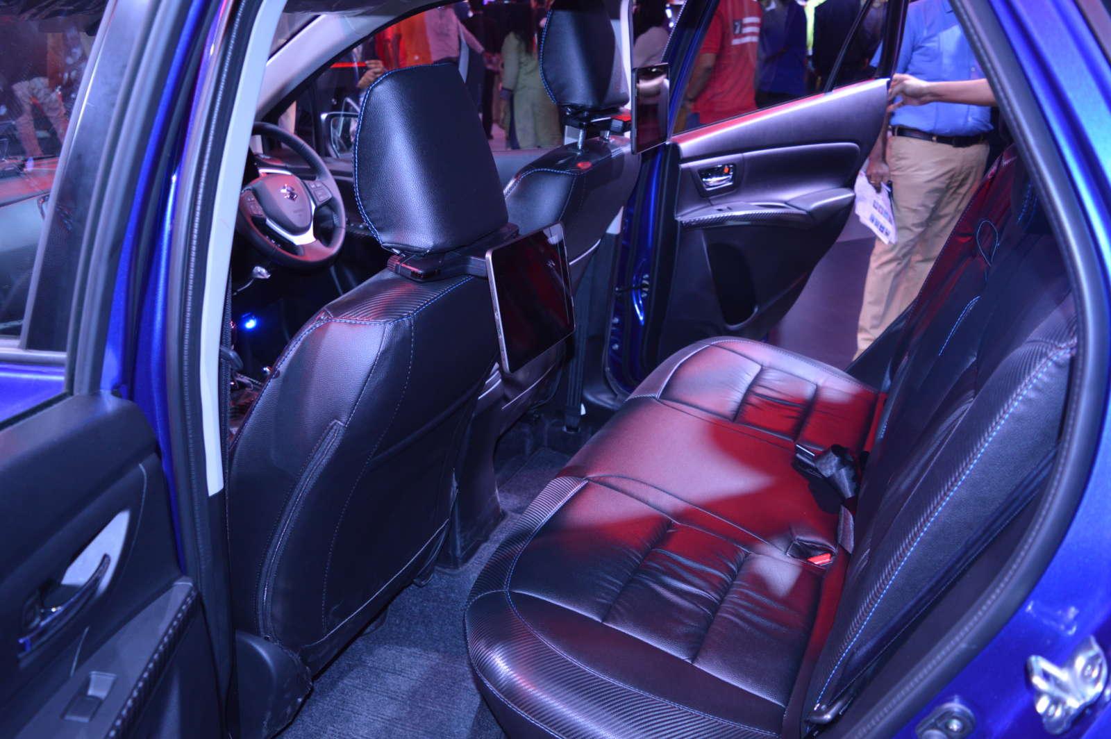 Maruti Suzuki S-Cross LImited edition (26)