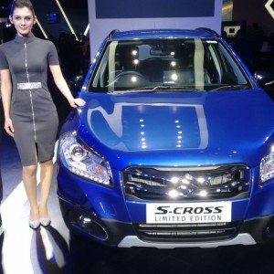 Auto Expo 2016 : Maruti Suzuki S-Cross Limited Edition tries its best to look good