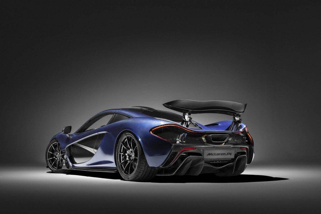 McLaren P1 MSO full-carbon Lio Blue (4)