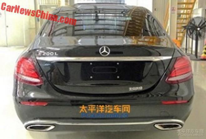 Mercedes Benz E-class LWB rear