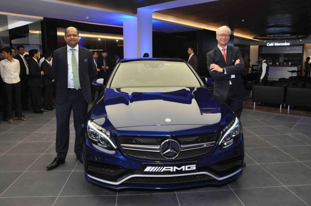 Mercedes-Benz Trinity Motors (1)