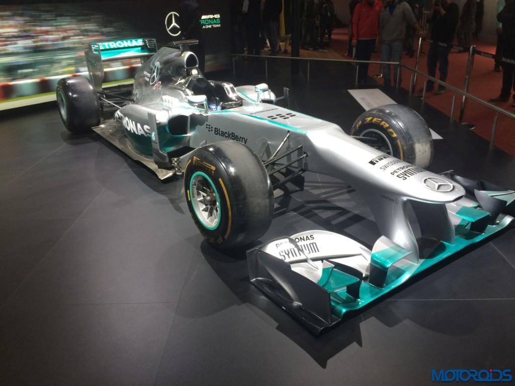Mercedes F1 W06 Hybrid (1)