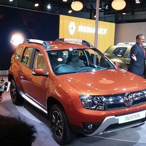 Auto Expo 2016 : New Renault Duster Easy-R AMT Unveiled; Images and Details
