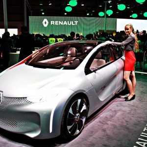 Auto Expo 2016 : The Renault EOLAB prototype can go 100 km on a litre of fuel